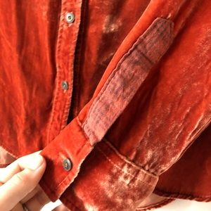 Anthropologie Tops - Anthropologie Holding Horses orange velvet shirt
